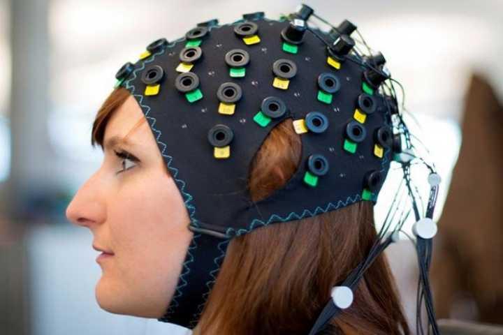 کنترل خودرو با امواج مغزی